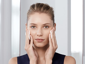 How to remove make-up in a hurry